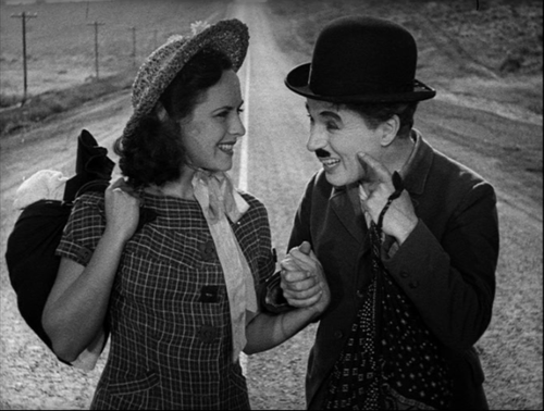 Paulette Goddard and Charlie Chaplin in 'Modern Times' (1936)