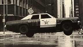 74_dodge_monaco_blues_brothers_setpic