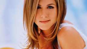 Jennifer-Aniston-Blue-Eyes-Beauty