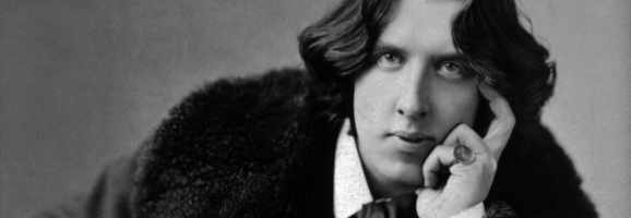 Photograph of Oscar Wilde (1882)