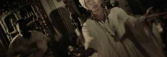Marie Laveau casts a spell