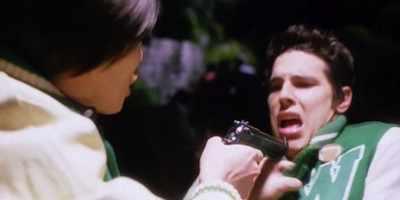Daric threatens bully with a gun