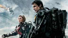 Tom Cruise & Emily Blunt in Edge of Tomorrow.