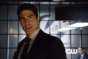 Ray Palmer (Brandon Routh) in Arrow's Premiere
