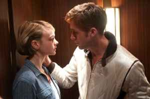 Driver & Irene(Carey Mulligan)'s tender but near-forbidden romance.