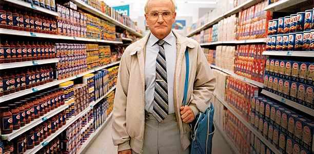 One Hour Photo starring Robin Williams