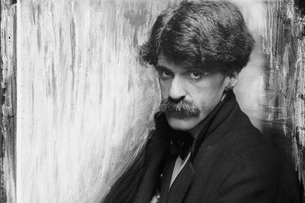 Alfred Stieglitz in 1902 by Gertrude Kasebier