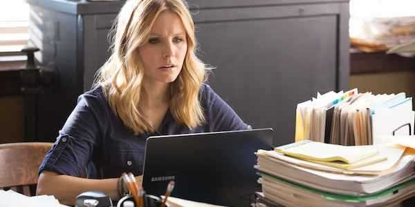 Kristen Bell starring as Veronica one last time.