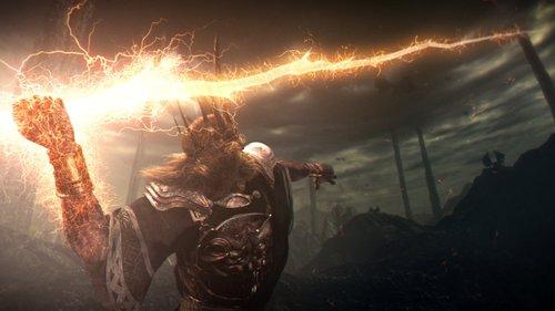 Lord Gwyn fighting the Dragons with Faith Spear