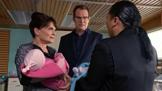 Angela, HRG, and Hiro devise a plan to separate the twins