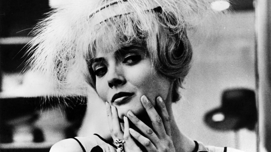 Still from Cleo from 5 to 7.