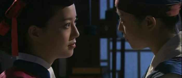 Shin Yun-bok and Jeong-hyang in episode five of the Korean drama, The Painter of the Wind.