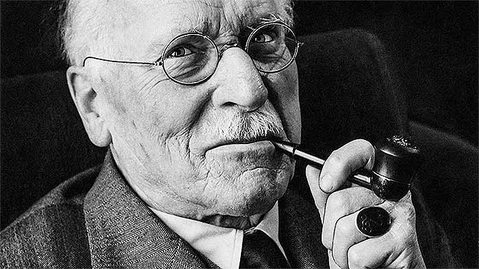 Carl Jung on Synchronicity and the Esoteric | The Artifice