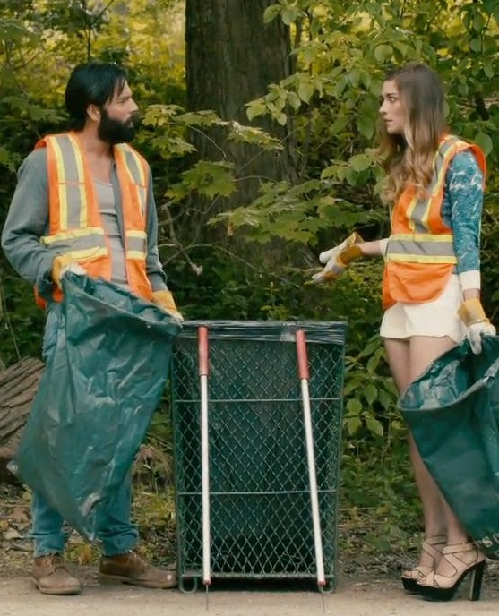 Alexis's litter pick-up outfits